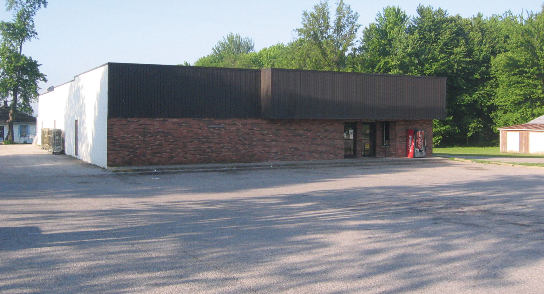 Single Tenant Retail of Bicknell