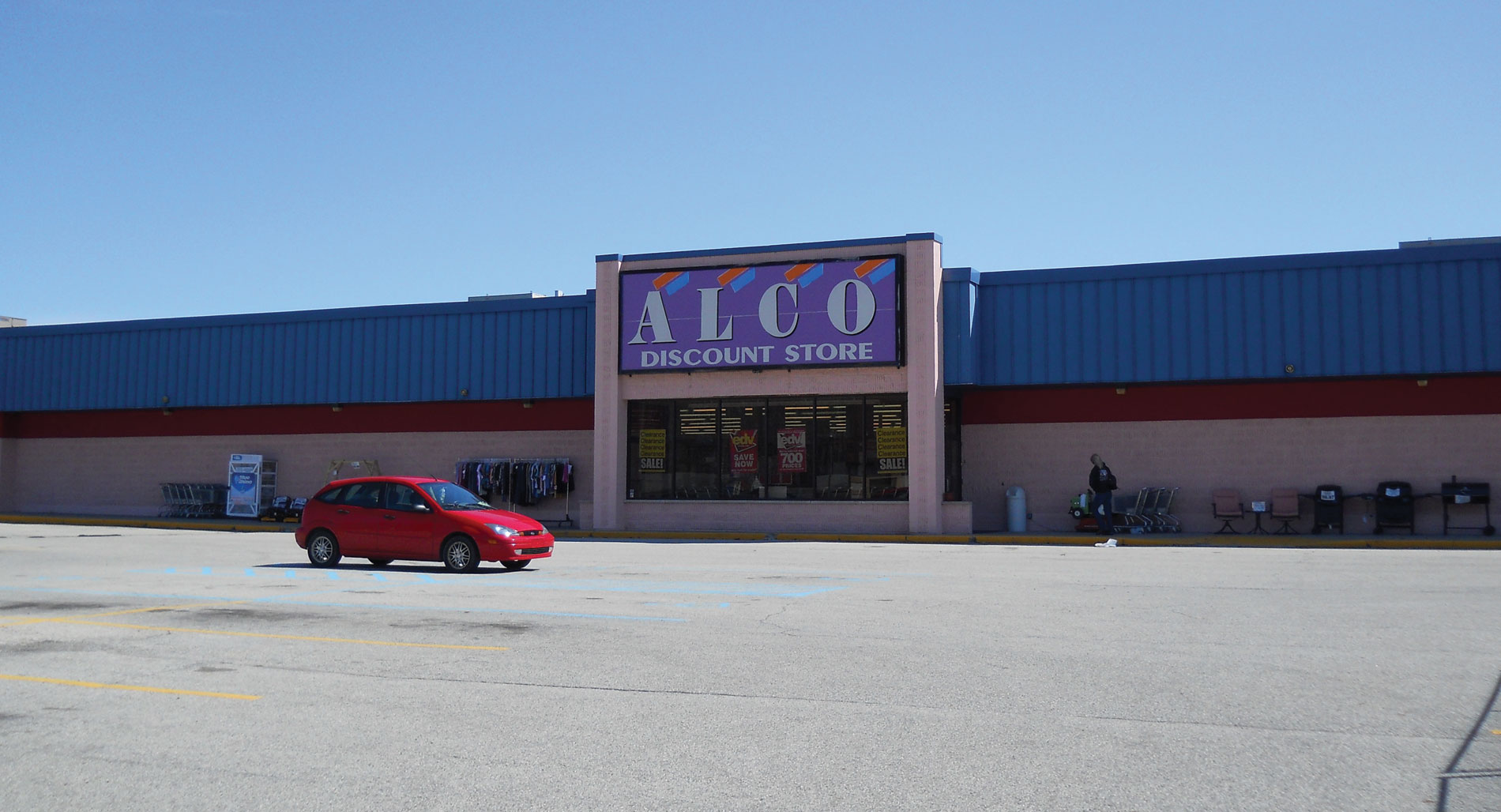 Single Tenant Retail of Versailles (Formerly ALCO)